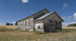 Visit These 8 Creepy Ghost Towns In Washington At Your Own Risk