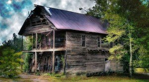 15 MORE Abandoned Places In Alabama That Nature Is Reclaiming