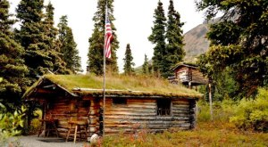 The Story Behind This Simple Cabin In Alaska Is One You Won't Forget