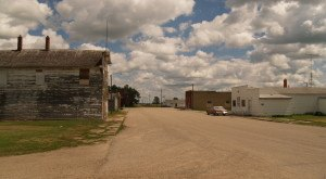 Most People Don't Know These 10 Super Tiny Towns in North Dakota Exist