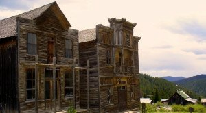 Visit These Creepy Ghost Towns In Montana At Your Own Risk