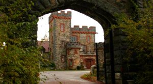 Most People Don't Know These 8 Castles Are Hiding in New Hampshire