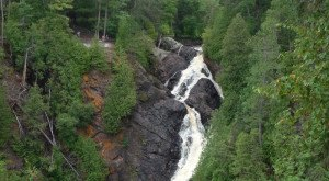 Everyone In Wisconsin Must Visit This Epic Waterfall As Soon As Possible