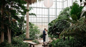 10 Epic Spots To Get Married In Illinois That'll Blow Guests Away
