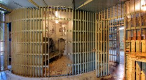 Most People Have No Idea What This Old Iowa Jail Used To Do To Its Inmates