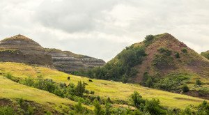 These 12 Epic Hills In North Dakota Will Drop Your Jaw