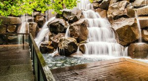 Everyone In Washington Should Visit These Enchanting Urban Waterfalls