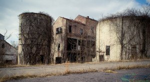 Nature Is Reclaiming This One Abandoned Pennsylvania Spot And It's Actually Amazing