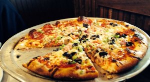 These 6 Pizza Places In North Dakota Are So Good That Your Mouth May Explode