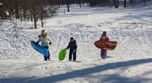 Here Are the 9 Best Places To Go Sled Riding In Illinois This Winter