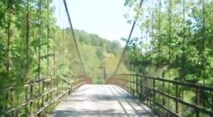 This Pair of Terrifying Swinging Bridges In Missouri Will Make Your Stomach Drop