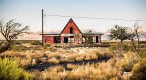 Nature Is Reclaiming This One Abandoned Arizona Spot And It's Actually Amazing