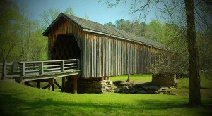 These 8 Beautiful Covered Bridges In Georgia Will Remind You Of A Simpler Time