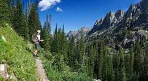 These 11 Hiking Spots In Wyoming Are Completely Out Of This World