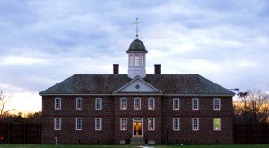 6 Truly Terrifying Ghost Stories That Prove Williamsburg Is The Most Haunted City In Virginia