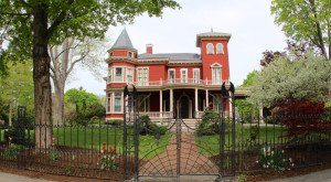 10 Reasons Why Stephen King Books Take Place In Maine