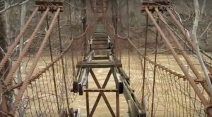 This Terrifying Swinging Bridge In Pennsylvania Will Make Your Stomach Drop