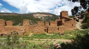 Why Everyone Should Visit Jemez Springs, A Tiny Town In New Mexico