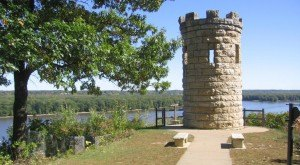 15 Historical Landmarks You Absolutely Must Visit In Iowa