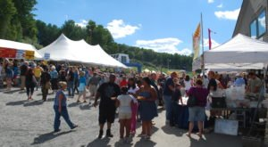 10 Festivals In Pennsylvania That Food Lovers Should NOT Miss