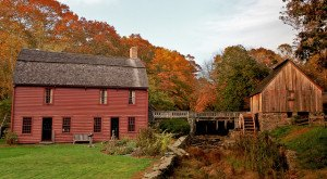 8 Historic Towns In Rhode Island That Will Transport You To The Past