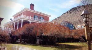 The Story Behind Nevada's Most Haunted House Will Give You Nightmares