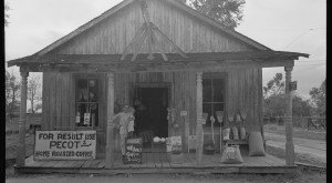 Most People Have Never Seen These 13 Photos Taken During WWII In Louisiana