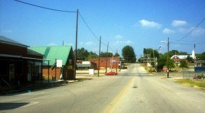 12 Small Towns In Alabama Where Everyone Knows Your Name