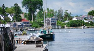 10 Small Towns In Maine Where Everyone Knows Your Name