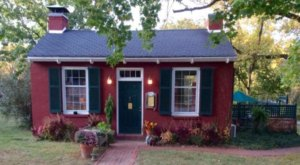 Dine At These 12 Extremely Tiny Restaurants In Missouri That Are Actually Amazing