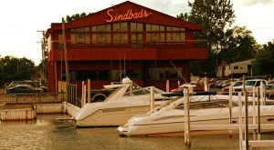 11 Incredible Waterfront Restaurants Everyone In Michigan Must Visit