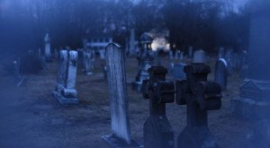 10 Disturbing Cemeteries In Connecticut That Will Give You Goosebumps
