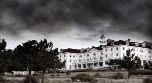 5 Haunted Hotels In Denver That Will Make Your Stay A Nightmare