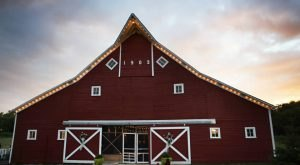 5 Epic Spots To Get Married In North Dakota That Will Blow Guests Away