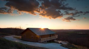 13 Amazing Places To Stay Overnight In Arkansas Without Breaking The Bank