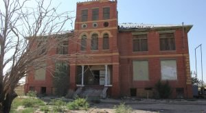 What You'll Discover In These 6 Deserted Texas Towns Is Truly Grim