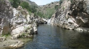 If You Didn't Know About These 8 Swimming Holes In Arizona, They're A Must Visit