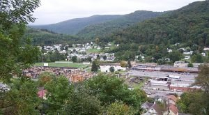 15 Slow-Paced Small Towns In West Virginia Where Life Is Still Simple