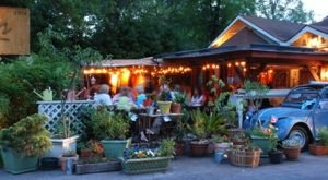 Try These 11 Georgia Restaurants For A Magical Outdoor Dining Experience