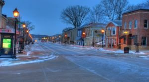10 Slow-Paced Small Towns in Iowa Where Life Is Still Simple