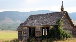 11 Abandoned Schools In Idaho That Nature Is Reclaiming