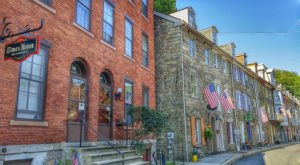 This Charming Town In Pennsylvania Is Perfect For A Summer Day Trip