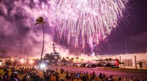 These 15 Fireworks Displays In Hawaii Will Drop Your Jaw