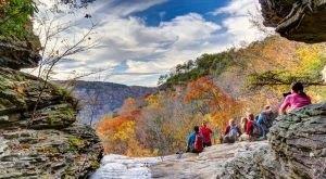 This One Easy Hike In Tennessee Will Lead You Someplace Unforgettable