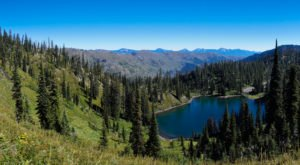 This One Easy Hike In Montana Will Lead You Someplace Unforgettable