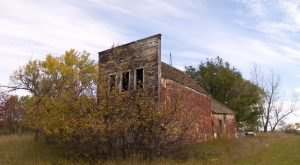 Nature Is Reclaiming This One Abandoned North Dakota Spot And It's Actually Amazing