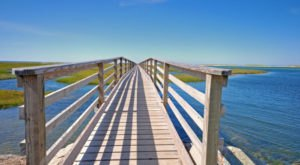 5 Boardwalks In Massachusetts That Are Charming Summer Destinations