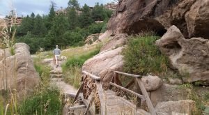 Hiking To This Aboveground Cave Near Denver Will Give You A Surreal Experience
