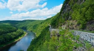 These 8 Beautiful Byways In New York Are Perfect For A Scenic Drive