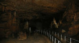 You Haven't Lived Until You've Experienced This One Incredible Cavern In Arkansas